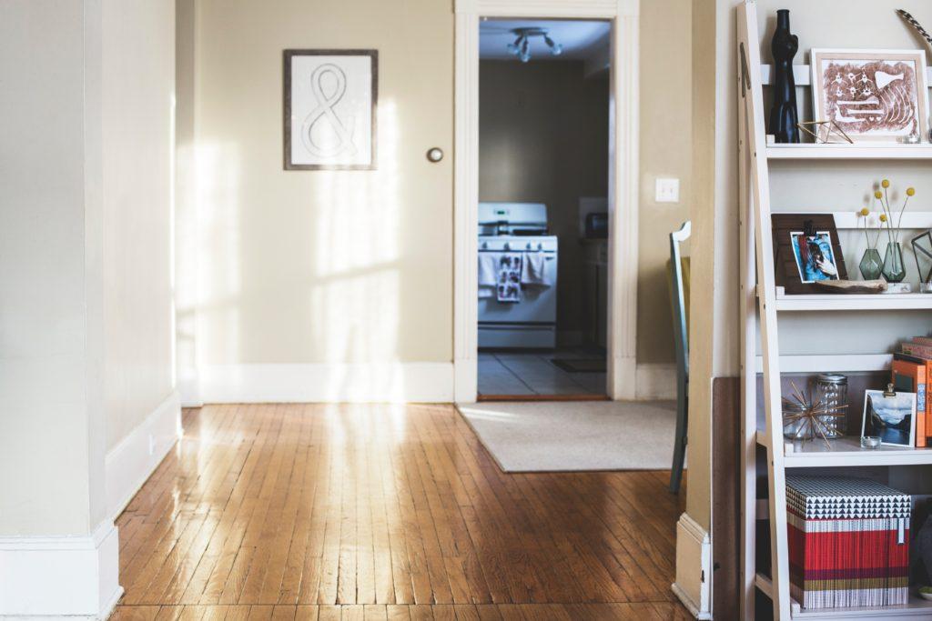 Clean Baseboards & Door Handles - Maidstr